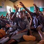 疫情讓超過2.75億童面臨學業中斷,世界展望會資助兒童計畫急需援手